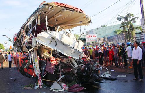 Mẫu máu tài xế xe tải vụ tai nạn 13 người chết không có ma túy